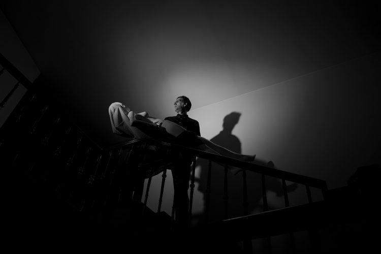 joubeen mireskandari - staged photography - homage to dracula - b&w photography - iranian contemporary photographer - iran contemporary photography - self portrait