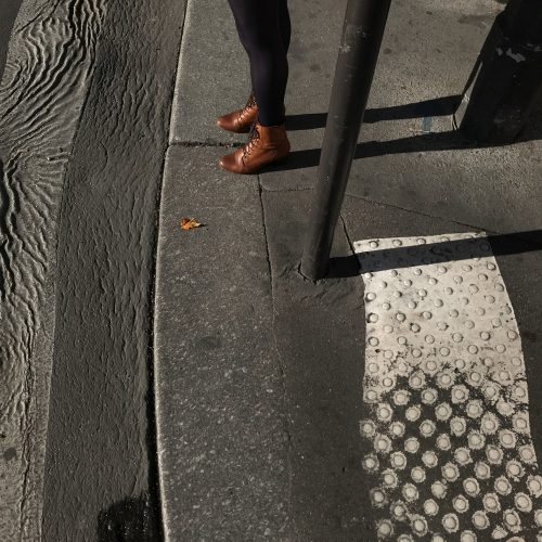 joubeen mireskandari - view from outside - iran contemporary photography - Women in paris